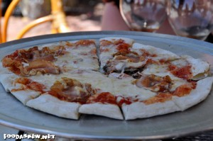 Delicious wood-fired pizza made at Azari Vineyards